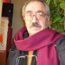http://www.plazayvaldes.es/upload/autores/2008/rreyes_1_1_med.jpg